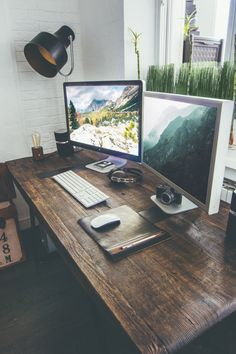 Want to have a comfortable home office to improve your productivity? Yaa, home office is a very important room. Here are some inspirations Home office design ideas from us. Hope you are inspired and enjoy . Setup Desk, Office Setup, Office Workspace, Office Ideas, Workspace Design, Office Style, Gaming Setup, Office Games, Computer Setup