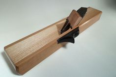 Wooden plane for a shooting board. Best design I've seen, given that I haven't tried anything but a bench plane so far.