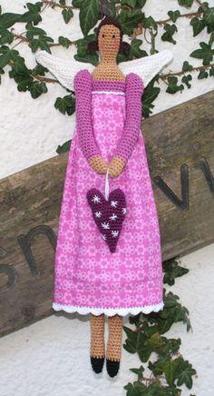 ♥♥    Amigurumi ANGEL - crochet pattern.