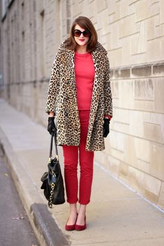 How to wear a vintage leopard coat, how to wear all red, Red outfit, Vintage leo. Over 50 Womens Fashion, Red Fashion, Winter Fashion, Fashion Blogs, Fashion Outfits, Sweat Shirt, Leopard Coat, Red Leopard, What I Wore