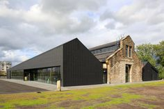 The Engine Shed a place for all to learn about Scotland's built heritage and how to look after it. Architecture Extension, Building Extension, Architecture Renovation, Industrial Architecture, Roof Architecture, Conservation Architecture, Industrial Sheds, Adaptive Reuse, Metal Buildings