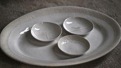 sushi bowls nestelling in an oval platter - Textured range in white stoneware. Clay Art by Sonja Moore Sushi Bowl, Stoneware Clay, Clay Art, Platter, Bowls, Heaven, Range, Ceramics, Tableware