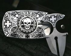 Buckle with 2 knives steel. Leather belt by bladebelt on Etsy Hidden Knives, Hidden Weapons, Skull Belt Buckle, Belt Buckles, Belt Knife, Hidden Blade, Cowgirl Bling, Tactical Knives, Knives And Swords