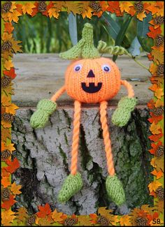Knit a Pumpkin or a Patchfull for Fall Decor: Russet the Pumpkin by Phoeny