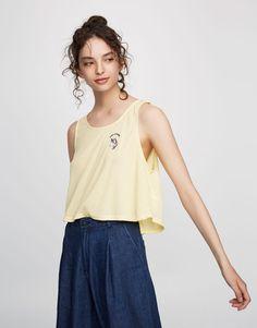 2c0a323cffe47 Pull Bear - woman - clothing - t-shirts - sleeveless t-shirt with unicorn