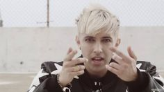 Chad Future releases an English remix of Big Bang's 'Loser' featuring Preston Knight | http://www.allkpop.com/article/2015/05/chad-future-releases-an-english-remix-of-big-bangs-loser-featuring-preston-knight