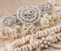 Ivory Lace Garter Set Wedding Garter Set Bridal by GarterQueen, $55.00