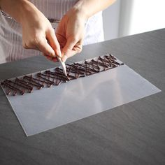 How to temper chocolate and make decorations – The How of Things - Cake Decorating Square Ideen How To Temper Chocolate, Chocolate Work, Chocolate Garnishes, Food Garnishes, Garnishing, Decoration Patisserie, Food Decoration, Thermomix Desserts, Vegan Kitchen