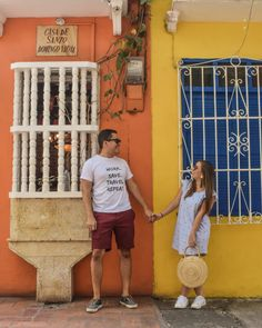 Los 10 lugares más fotogénicos de Cartagena - Peeking Places Travel Pictures, Cool Photos, America, Couples, Photography, Picture Ideas, Design, Fox, Outfits