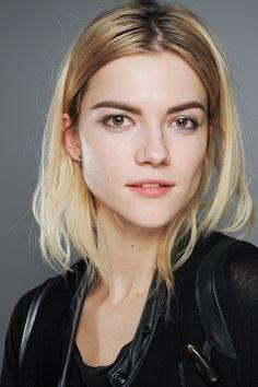 Kasia Struss makeup