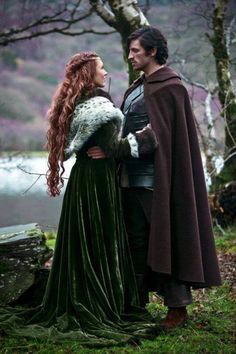 King Fergus and Queen Elinor- Brown & Fur cloaks (costume inspiration)