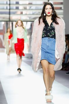 Watch the Topshop Unique London Fashion Week Show Live Here!