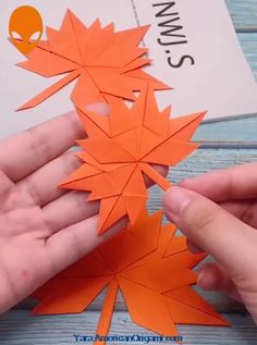 9 Fun & Easy Paper Craft Ideas - Paper DIY Tutorials Videos - The Hobbes - hacks Paper Flowers Craft, Easy Paper Crafts, Paper Crafts Origami, Flower Crafts, Diy Paper, Diy Flowers, Paper Crafting, Origami Flowers, Craft With Paper
