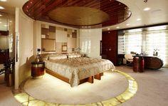 Luxury E&E - Motor Yacht