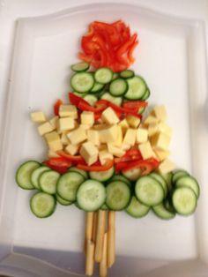 'Kerst boompje' Kaas-komkommer-paprika-soepstengels