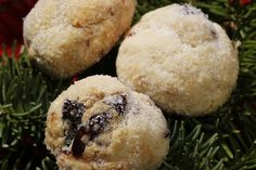 Brandy Cherry Cookies This cookie's secret? Brandy-soaked cherries, with a hint of Chinese five-spice powder. Holiday Cookie Recipes, Holiday Cookies, Chinese Five Spice Powder, Cherry Brandy, Cherry Cookies, Dried Cherries, Christmas Cooking, Cookie Bars, Food And Drink