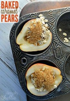 Baked Caramel Pears Baked Caramel Pears are such a simple, classic dessert. Not only do they taste delicious but just baking them makes the whole house smell lovely. Brownie Desserts, Oreo Dessert, Coconut Dessert, Mini Desserts, Just Desserts, Delicious Desserts, Yummy Food, Plated Desserts, Tasty