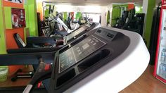 Save time at the gym with 10 minute workouts using dumbbells on the treadmill, try a brisk walk whilst doing bicep curls. Treadmill Brands, Used Treadmills, Pilates, Forever Business, Surf News, Ways To Stay Healthy, Fitness, Forever Living Products, Treadmill