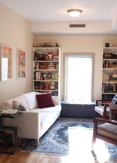 """Amie, Emma, and Francesca's """"Goodbye to the Dorm"""" Apartment — House Call 
