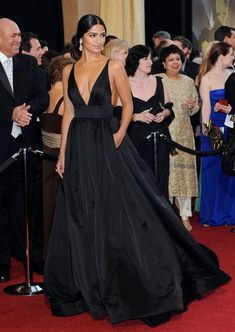 camilla alves black gown