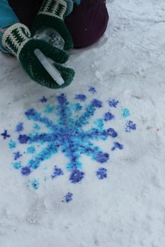 "Snow Painting with Markers and Water - from How Wee Learn ("",)"