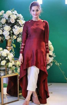 Dresses Designer dresses indian Stylish dresses Fashion dresses Pakistani dresses Pakistani outfits - Beautiful Aiman Khan & Iqra Aziz at Oppo Event - Pakistani Fashion Casual, Pakistani Dresses Casual, Pakistani Dress Design, Indian Fashion, Kurta Designs Women, Kurti Neck Designs, Dress Neck Designs, Latest Kurti Designs, Indian Designer Outfits