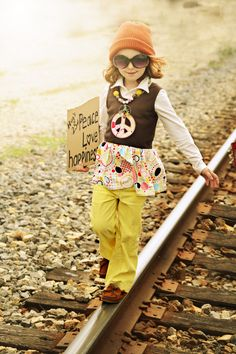 Personality, ink. top Little Diva Bubblegum Necklace   Love a Hippy Child  Lucy