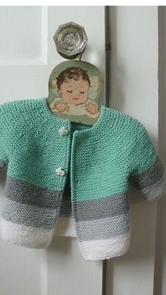 como-tejer-un-sueter-para-bebe-niños.Çeket by AnaSwet, Voice of Reason: T - Free patternhand knit baby vestplaid baby vestwhite baby vest by anaswet - PIPicStatsBaby Cardigan This cardigan isKardigan z dzianiny Kardigan z Baby Knitting Patterns, Baby Cardigan Knitting Pattern, Knitted Baby Cardigan, Hand Knitted Sweaters, Knitting For Kids, Baby Patterns, Knitting Ideas, Free Knitting, Cardigan Bebe
