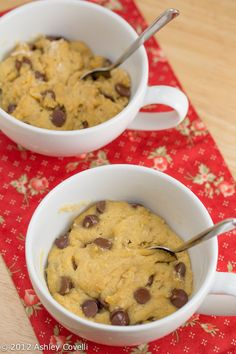 Chocolate Chip Cookie in a Cup...Great for the dorm, but I hope it won't set off the fire alarm!