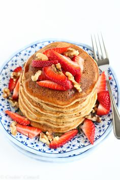 Whole Wheat Banana Flax Pancakes Recipe ...Breakfast, lunch or dinner! 152 calories  www.fitnessgenes.com
