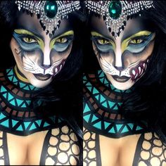 Meowwwwww ...... EGYPTIAN FELINE , single for upcoming collab ......using @wolfefaceartfx body paints EYES: used @starcrushedminerals in Cosmic rays and Magnetar , ghost planet.