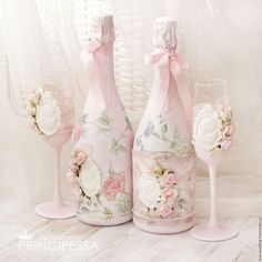 I'm just another Pretty Shabby Chic Blog! Thank you for stopping by.... Shabby Chic Blog, Shabby Chic Crafts, Shabby Chic Pink, Vintage Shabby Chic, Shabby Chic Style, Shabby Chic Decor, Vintage Dorm, Diy Bottle, Wine Bottle Crafts