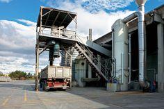 Scrubber verticale a due stadi separati/tre reagenti a servizio Impianto di inertizzazione e miscelazione di rifiuti non pericolosi