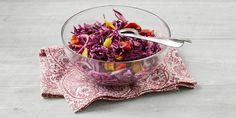 Valmista Punakaalisalaatti tällä reseptillä. Helposti parasta! Panna Cotta, Keto, Ethnic Recipes, Food, Dulce De Leche, Essen, Meals, Yemek, Eten