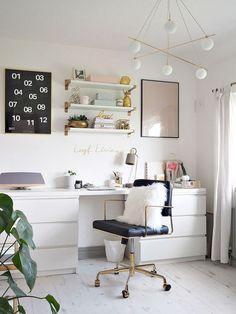 Black Gold Bedroom Desk inspiration, ideas and decor Mesa Home Office, Home Office Desks, Apartment Office, Office Wall Decor, Room Decor, Teen Desk, Desk Decor Teen, Desk For Teens, Black Office Chair