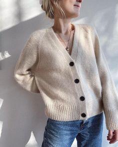 Holiday Slipover – PetiteKnit Bind Off, Holiday Sweater, Summer Blouses, Cardigan Pattern, Stockinette, Raglan, Double Knitting, Buttonholes, Pulls
