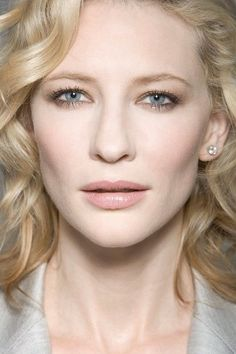Cate Blanchett. soft, subtle smokey eyes and pink-beige nude lip gloss