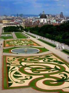 TOP 10 MUST SEE ATTRACTIONS IN VIENNA http://www.thebeautyoftravel.com/top-10-must-see-attractions-in-vienna  It`s not a good feeling to come home and find out that you have failed to visit what could easily be the most beautiful thing you`ll ever see…