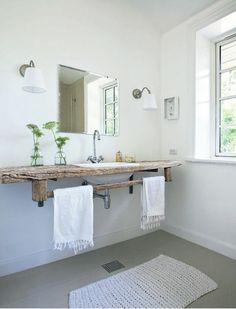 Casa Escandinava Rustica con Aire Wabi Sabi / Rustic Scandinavian House with Wabi Sabi Touch Bathroom Renos, Laundry In Bathroom, Wood Bathroom, Bathroom Ideas, Bathroom Taps, Wood Sink, Bathroom Designs, Simple Bathroom, White Bathroom