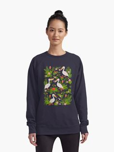 """""""Decorative seamless pattern with pelicans, tropical flowers and leaves."""" Lightweight Sweatshirt by Skaska 