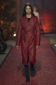 Hermès Fall 2018 Ready-to-Wear Fashion Show Collection Fall Fashion Trends,  Fashion b2588cbfafb