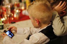 Новое приложение заставит детей отвечать на сообщения родителей http://oane.ws/2017/08/24/novoe-prilozhenie-zastavit-detey-otvechat-na-soobscheniya-roditeley.html  Приложение для Android смартфонов заставить детей отвечать на сообщения своих родителей. Уникальный мессенжер был разработан британским программистом, пожелавшим лучше контролировать своего ребенка.