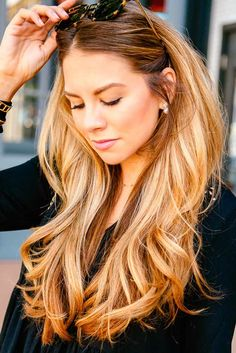 Blonde hair colors will never go out of style. Be like Shakira or Madonna, and embrace your inner blonde bombshell with these trendy blonde styles.