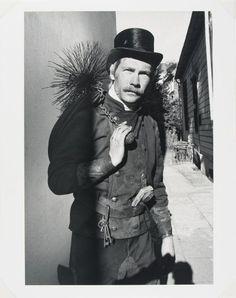 Alfred Eisenstaedt, German (Dierschau, West Prussia [now Poland] 1898 - 1995 Martha's Vinyard, MA) // Chimney Sweep, Hamburg | Harvard Art Museums