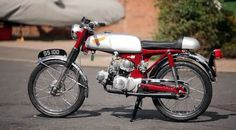 Allen Millyard's absolutely incredible SS100 V-Twin