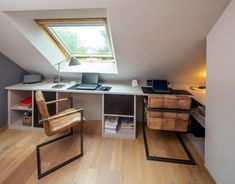 Bright office in a sloping area - Compagnie des Ateliers - Angela Williams