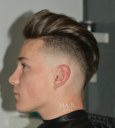Short Pompadour Fade - Best Men's Hairstyles: Cool Haircuts For Men. Most Popular Short, Medium and Long Hairstyles For Guys Popular Mens Haircuts, Hipster Haircuts For Men, Cool Mens Haircuts, Cool Hairstyles For Men, Men's Haircuts, Hairstyle Ideas, Men Hipster, Haircut Men, Modern Haircuts