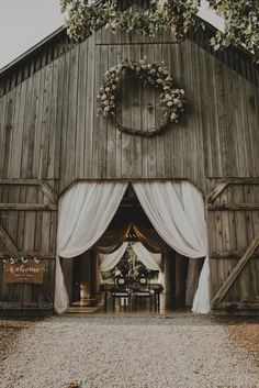 """16 Wedding Venues In Kentucky That Are A Southern Dream , Hello bridal barn dreams! Say """"I Do"""" in an old tobacco barn called, The Barn at Cedar Grove, located on 200 acres of meadows, woodland and streams. Wedding Reception Ideas, Barn Wedding Decorations, Barn Wedding Venue, Farm Wedding, Dream Wedding, Wedding Dreams, Perfect Wedding, Barn Wedding Photos, Wedding Vows"""