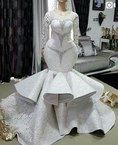 Take a look at the latest bridal train styles in Africa- NIGERIAN 2020 WEDDING STYLES to get inspired and find out how to look gorgeous and chick. Custom Wedding Dress, Elegant Wedding Dress, White Wedding Dresses, Bridesmaid Dresses, African Print Wedding Dress, African Wedding Attire, African Prom Dresses, Latest African Fashion Dresses, Beautiful Bridal Dresses