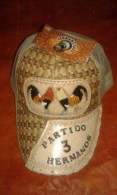 fcd740b441018 40 mejores imágenes de Gorras Charras y artesanales
